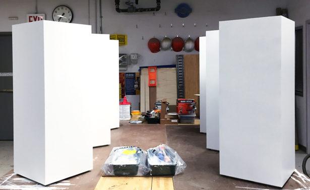 Finishing work on pedestals